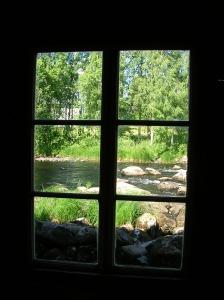 BT040811 Window to Wonder